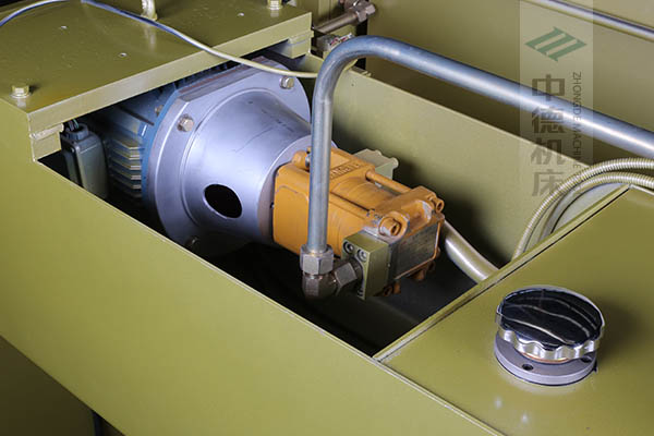 ZDP-4022半内装式西门子电机油泵,动力强劲澎湃,并有效控制噪音.jpg