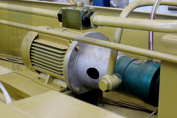 ZDG-632知名品牌电机及优质油泵,动力强劲澎湃.jpg