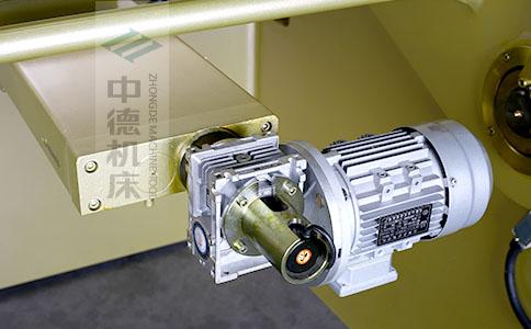 ZDS-840后档料减速电机,质量好,模拟运算定位速度快.jpg