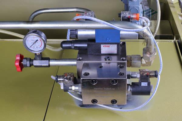 ZDP-20050高品质液压阀,质量好,在高温高压条件下长期稳定.jpg
