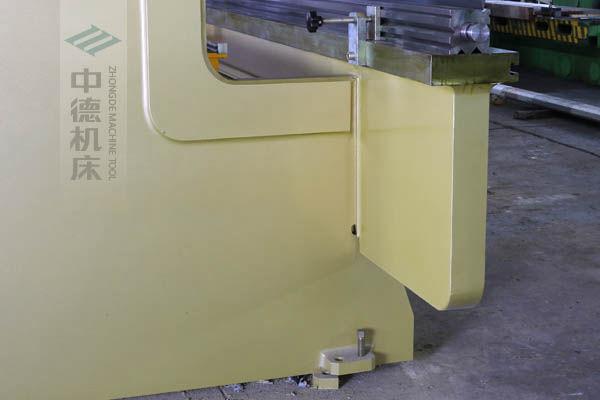 ZDP-20050特殊加厚型立柱,超高强度,轻松抵抗挠度变形.jpg