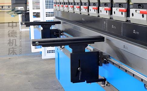 ZDPK-10025固定式ABS工程塑料托料架,不划伤加工板材表面,是不锈钢钣金不可缺的辅助神器.jpg