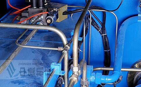 ZDK-16032全金属管套连接,高温不膨胀,可长期保证精度.jpg